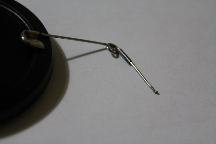 Переключатель ПТФ, извлечение трубки-фиксатора при помощи булавки
